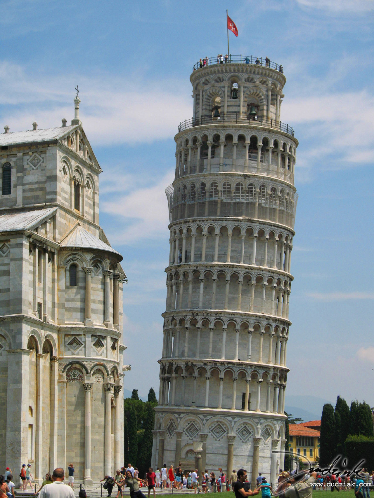 Picture of Leaning Tower of Pisa next to the Cahedral of Pisa in Pisa, Italy.