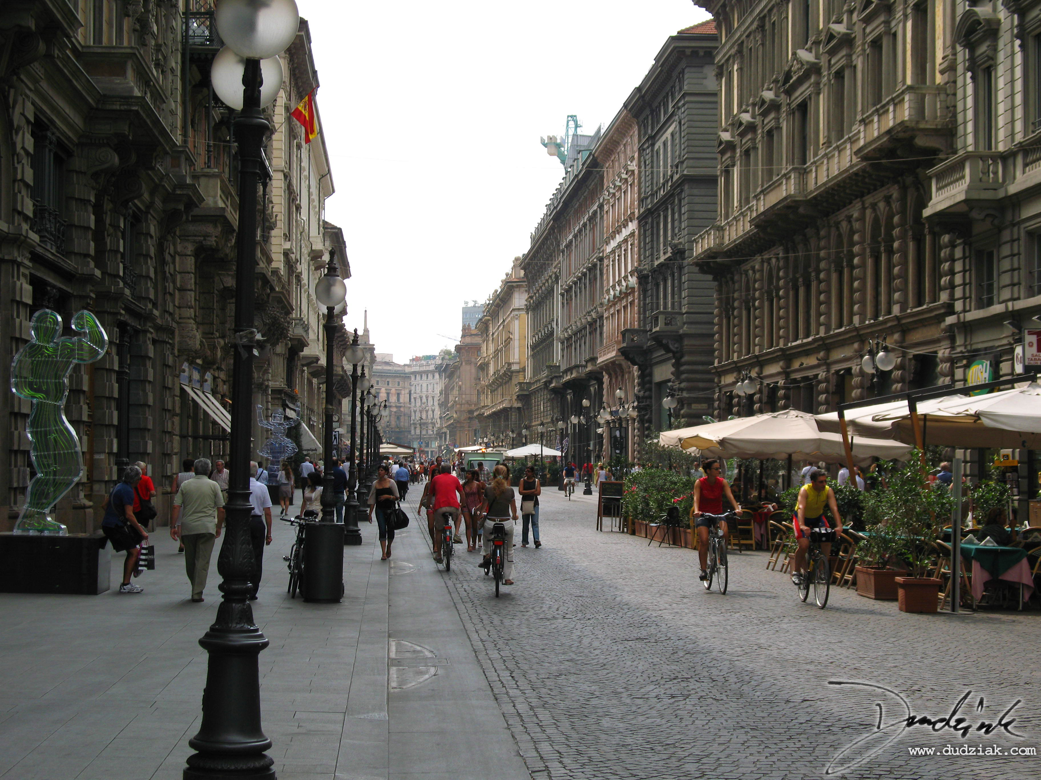 Picture of Via Dante (Dante Road) in Milan, Italy.