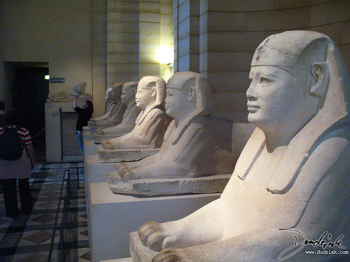 louvre,  paris,  louvre museum,  sphinx,  egyptian sphinx