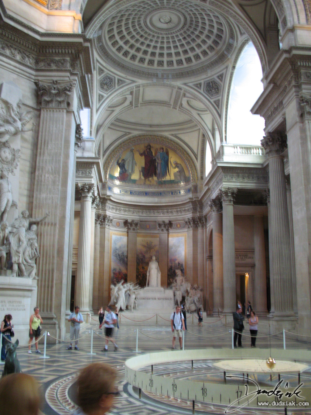Picture of the Inside of the Paris Pantheon.