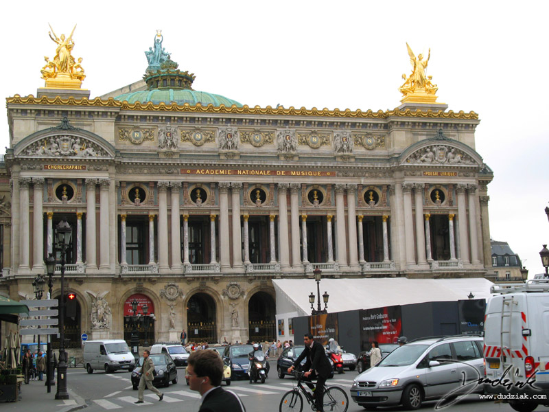 Picture of the Paris Operahouse