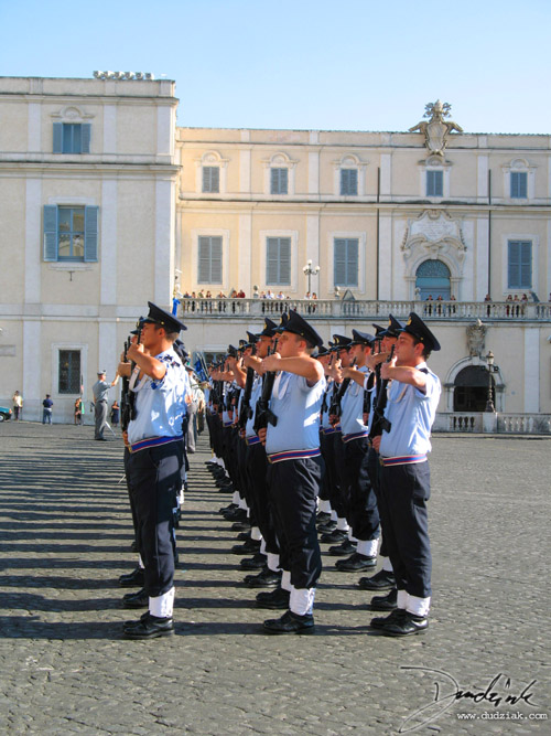 Italian Soldiers,  Roma,  Rome,  Italy,  Palazzo Quirinale,  changing of the guard,  soldiers