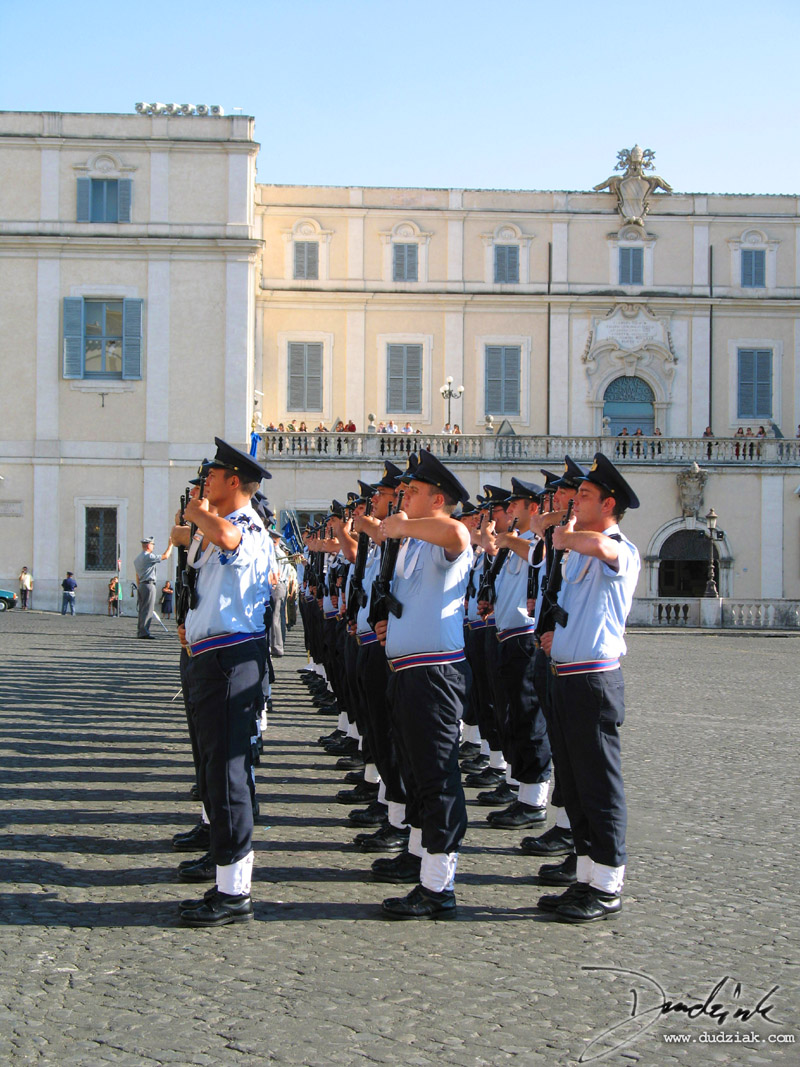 Rome,  Italy,  Italian Soldiers,  soldiers,  Palazzo Quirinale,  Roma,  changing of the guard