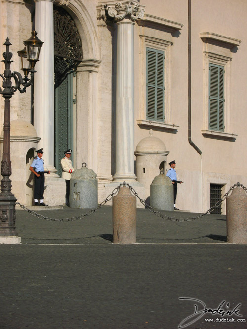Palazzo Quirinale,  Italy,  soldiers,  Rome,  Roma,  Italian Soldiers
