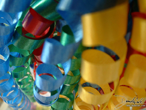 Picture of party ribbons.